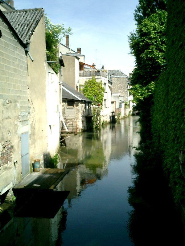 http://garagnat.free.fr/Montargis/montargis_16.JPG