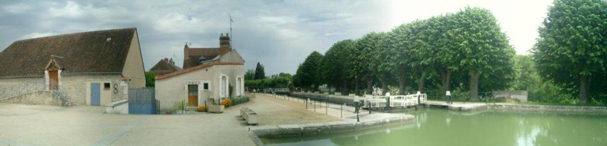 http://garagnat.free.fr/Montargis/montargis_27.JPG